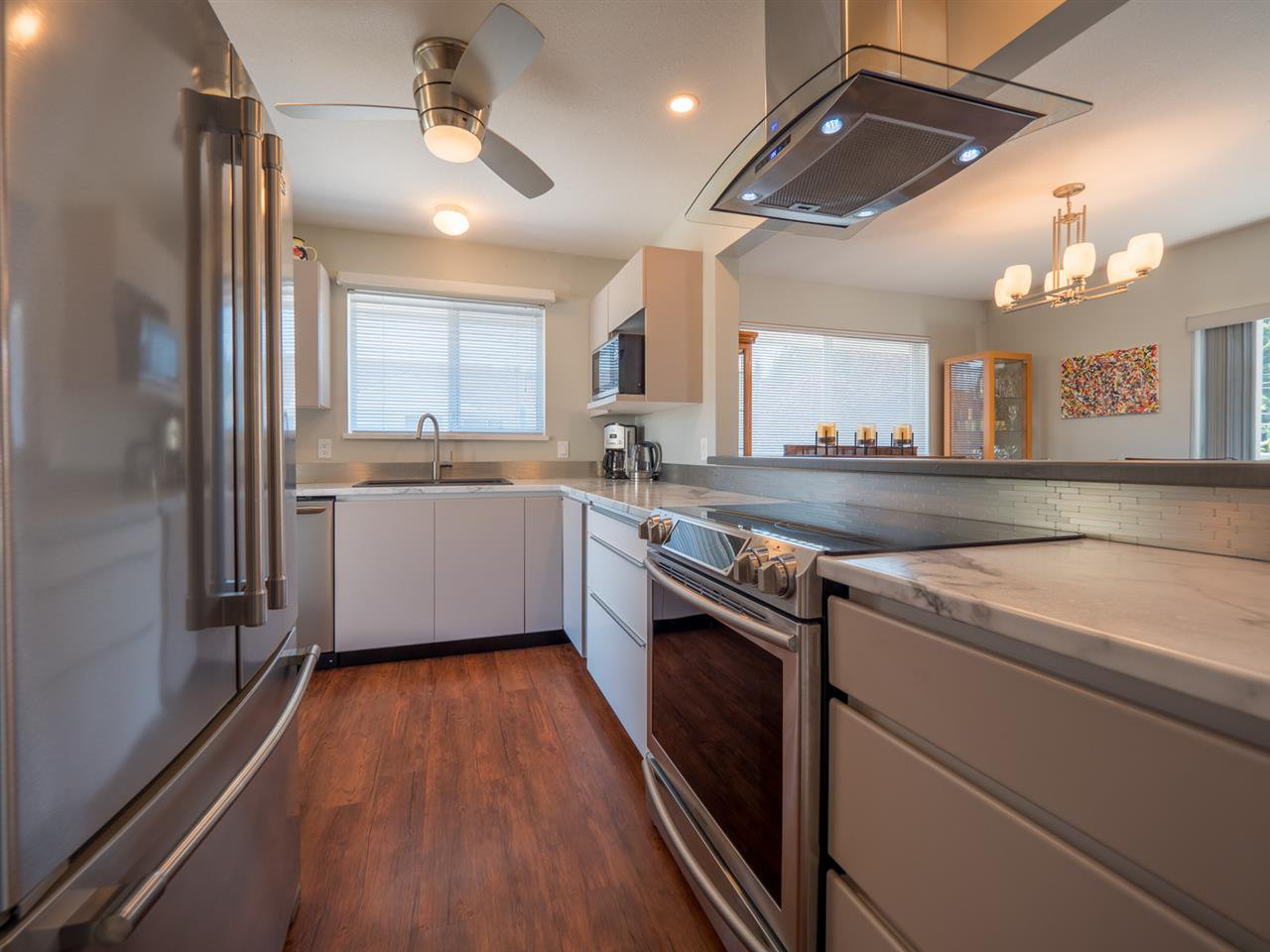 """Photo 5: Photos: 16 5630 TRAIL Avenue in Sechelt: Sechelt District Townhouse for sale in """"HIGHPOINT"""" (Sunshine Coast)  : MLS®# R2382780"""