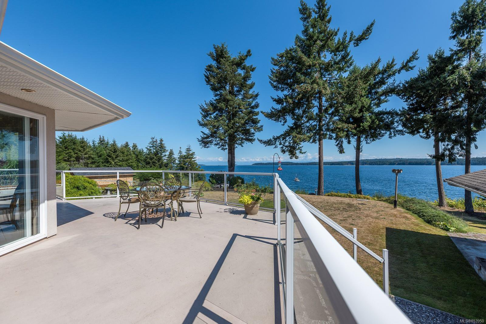 Photo 9: Photos: 5880 GARVIN Rd in : CV Union Bay/Fanny Bay House for sale (Comox Valley)  : MLS®# 853950