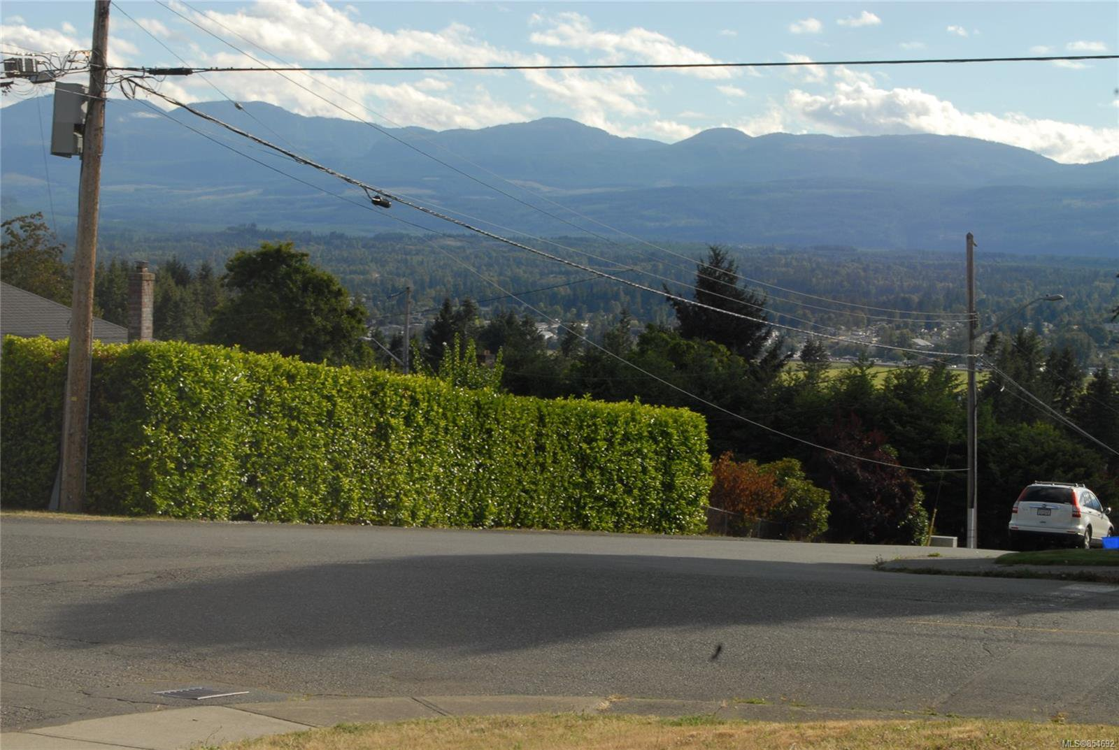 Main Photo: 590 EVERGREEN Ave in : CV Courtenay East Land for sale (Comox Valley)  : MLS®# 854692
