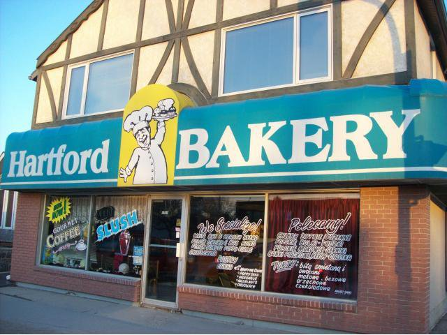 Main Photo: 1757 Main Street in WINNIPEG: West Kildonan / Garden City Industrial / Commercial / Investment for sale (North West Winnipeg)  : MLS®# 1105940