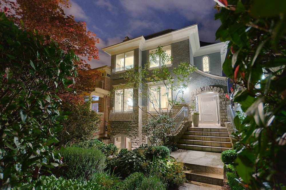 Main Photo: 4572 W 3RD Avenue in Vancouver: Point Grey House for sale (Vancouver West)  : MLS®# V913699