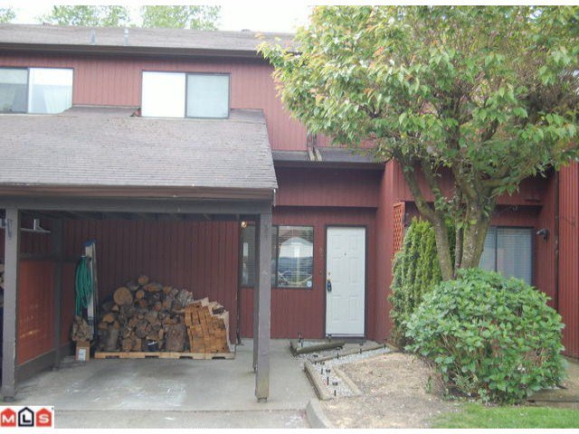 Main Photo: 82 27044 32 Avenue in Aldergrove: Aldergrove Langley Townhouse for sale (Langley)  : MLS®# F1012679