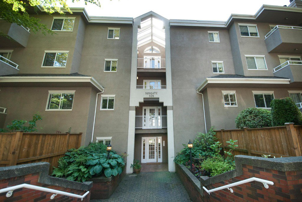 Main Photo: # 101 526 W 13TH AV in Vancouver: Fairview VW Condo for sale (Vancouver West)  : MLS®# V1027009