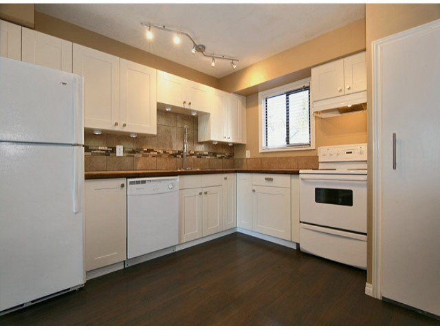 """Main Photo: 63 6645 138TH Street in Surrey: East Newton Townhouse for sale in """"HYLAND CREEK ESTATES"""" : MLS®# F1402091"""