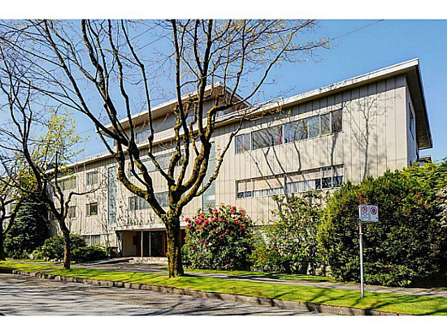 "Main Photo: 303 2825 SPRUCE Street in Vancouver: Fairview VW Condo for sale in ""Fairview"" (Vancouver West)  : MLS®# V1053571"