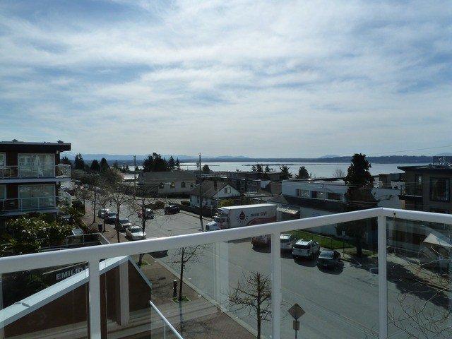 """Main Photo: 301 15213 PACIFIC Avenue: White Rock Condo for sale in """"PACIFIC VIEW"""" (South Surrey White Rock)  : MLS®# F1407675"""