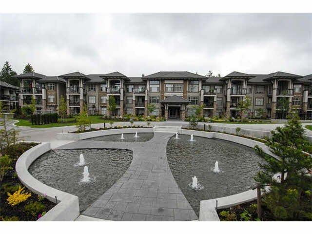 Main Photo: 208 15175 36TH Avenue in Surrey: Morgan Creek Condo for sale (South Surrey White Rock)  : MLS®# F1422291