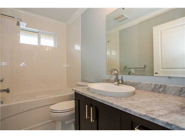 Photo 8: Photos: 4116 PANDORA Street in Burnaby: Vancouver Heights House 1/2 Duplex for sale (Burnaby North)  : MLS®# V1095053
