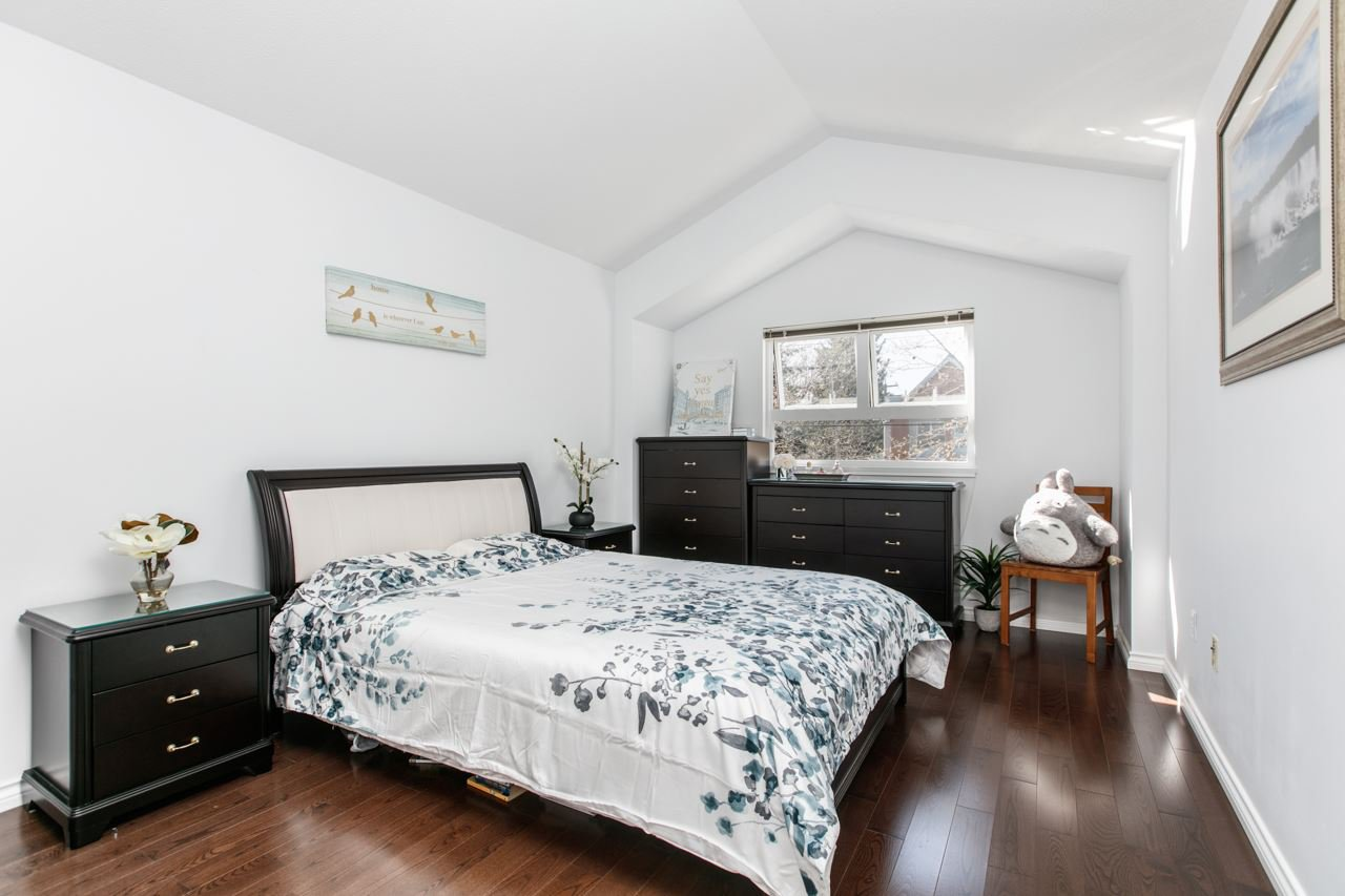 """Photo 5: Photos: 11 888 W 16TH Avenue in Vancouver: Cambie Townhouse for sale in """"LAUREL MEWS"""" (Vancouver West)  : MLS®# R2053012"""