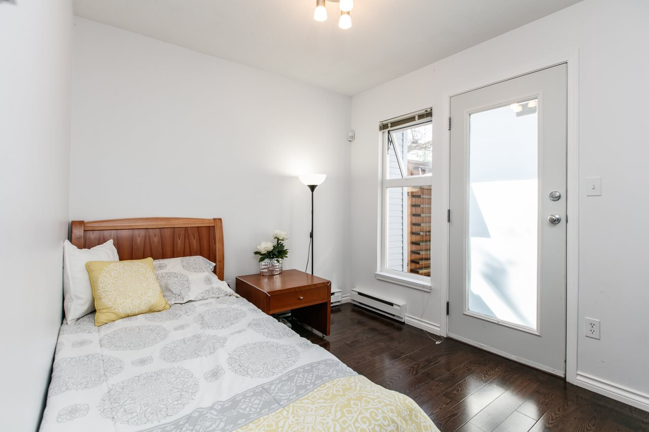 """Photo 9: Photos: 11 888 W 16TH Avenue in Vancouver: Cambie Townhouse for sale in """"LAUREL MEWS"""" (Vancouver West)  : MLS®# R2053012"""