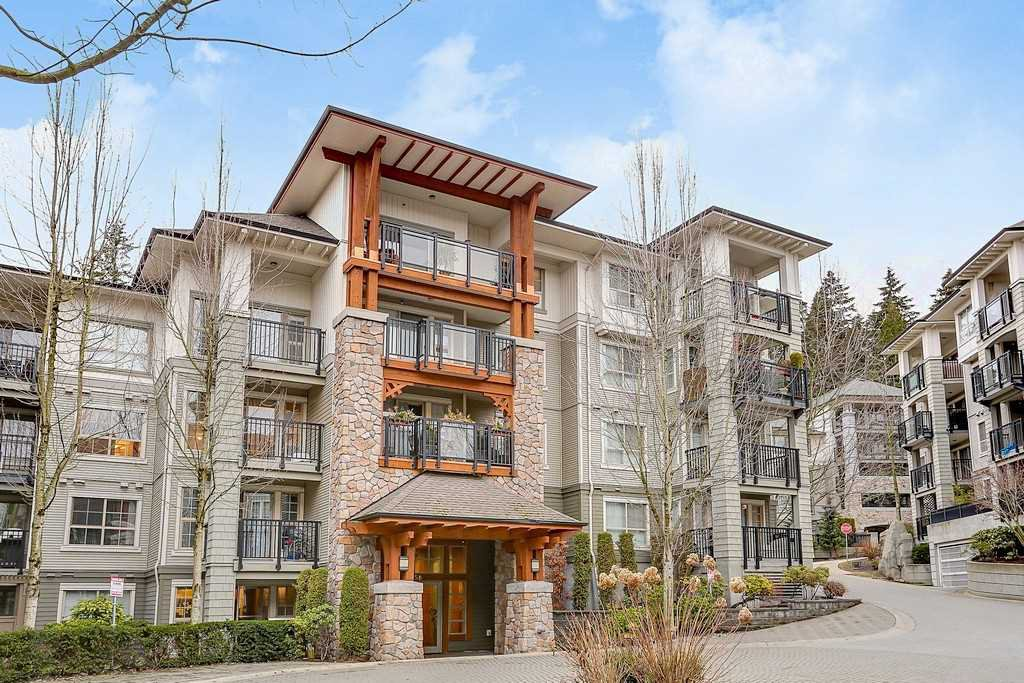 "Main Photo: 305 2958 SILVER SPRINGS Boulevard in Coquitlam: Westwood Plateau Condo for sale in ""TAMARISK"" : MLS®# R2140612"