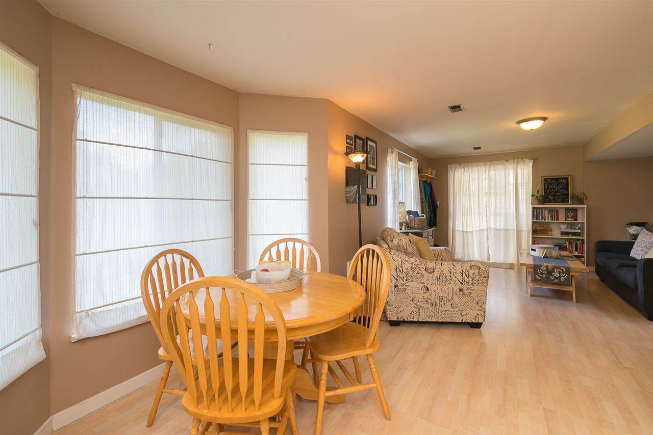 "Photo 17: Photos: 35903 SUNDEW Place in Abbotsford: Abbotsford East House for sale in ""Mountain Village"" : MLS®# R2182970"