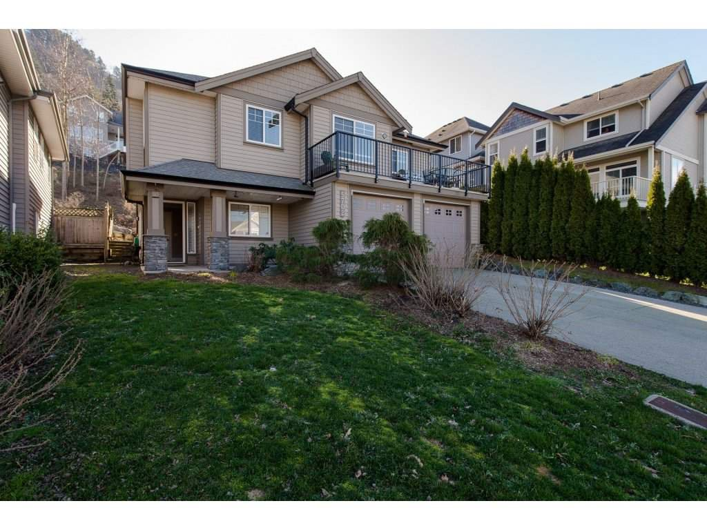 """Main Photo: 5702 KESTREL Drive in Sardis: Promontory House for sale in """"FALCON HEIGHTS"""" : MLS®# R2239041"""