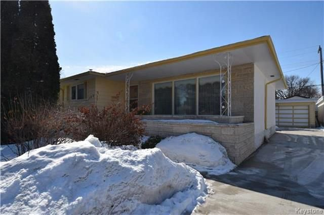 Main Photo: 100 Larchdale Crescent in Winnipeg: Fraser's Grove Residential for sale (3C)  : MLS®# 1808635