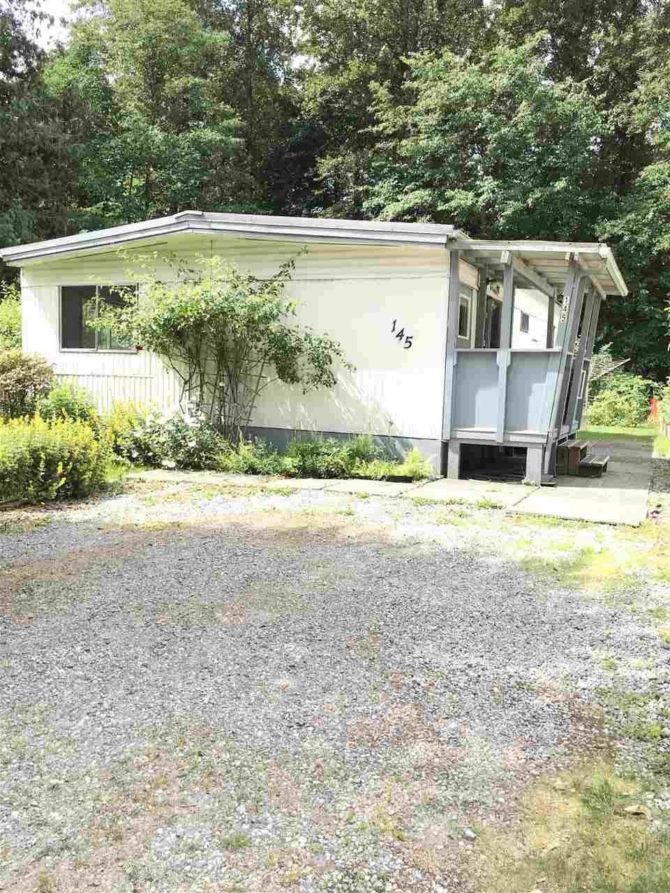 """Main Photo: 145 1830 MAMQUAM Road in Squamish: Garibaldi Estates Manufactured Home for sale in """"Timbertown"""" : MLS®# R2286884"""
