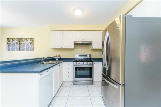 Photo 9: Photos: 40 Wells Crescent in Whitby: Brooklin House (2-Storey) for sale : MLS®# E4187338