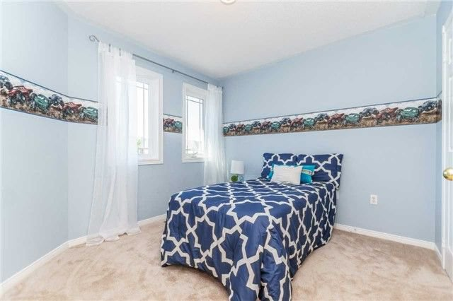 Photo 16: Photos: 40 Wells Crescent in Whitby: Brooklin House (2-Storey) for sale : MLS®# E4187338