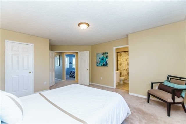 Photo 14: Photos: 40 Wells Crescent in Whitby: Brooklin House (2-Storey) for sale : MLS®# E4187338
