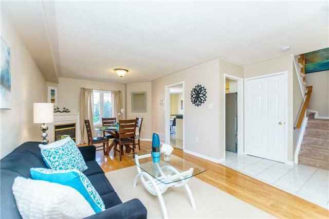 Photo 5: Photos: 40 Wells Crescent in Whitby: Brooklin House (2-Storey) for sale : MLS®# E4187338