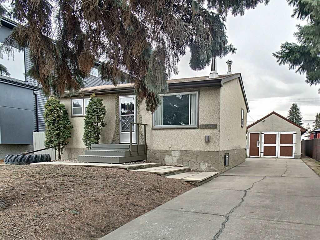 Main Photo: 10949 154 Street in Edmonton: Zone 21 House for sale : MLS®# E4152867