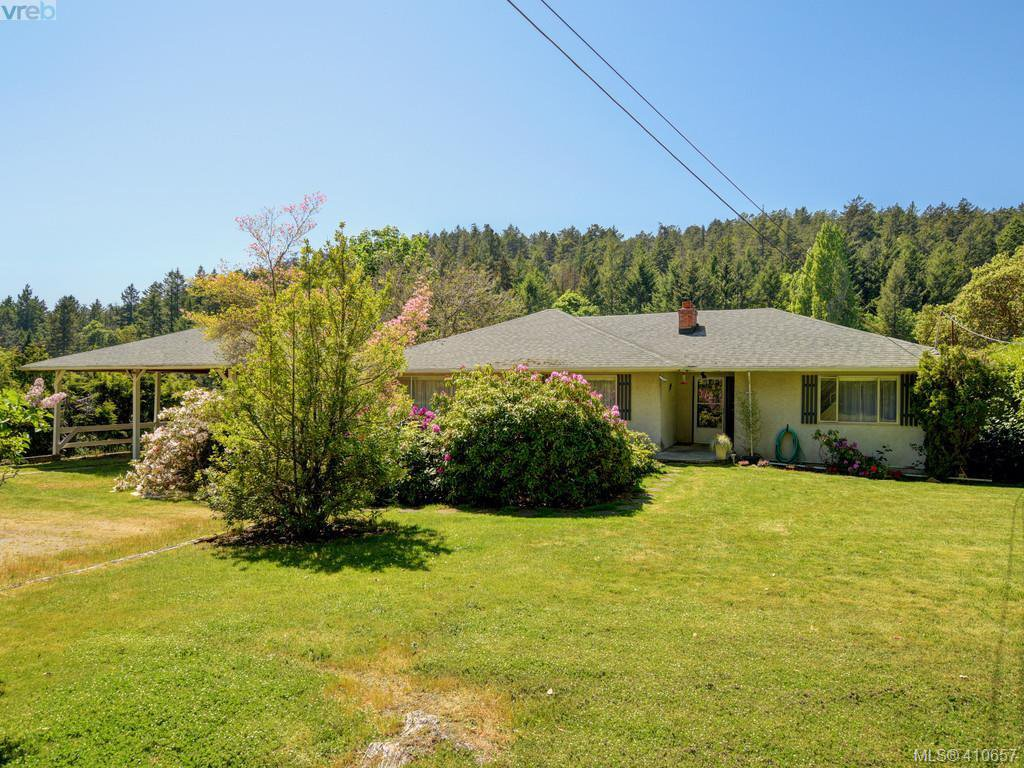Main Photo: 5266 Old West Saanich Rd in VICTORIA: SW West Saanich Single Family Detached for sale (Saanich West)  : MLS®# 814026