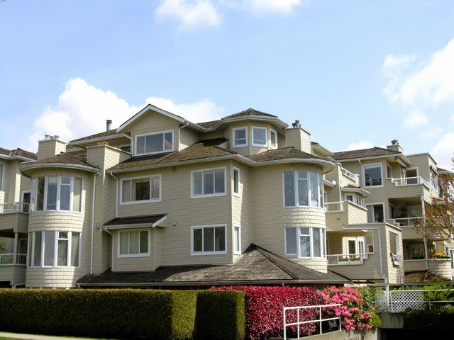 Main Photo:  in Vancouver: Home for sale : MLS®# V708864