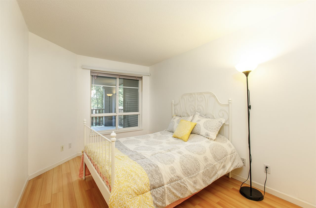 "Photo 18: Photos: 230 5600 ANDREWS Road in Richmond: Steveston South Condo for sale in ""THE LAGOONS"" : MLS®# R2378280"