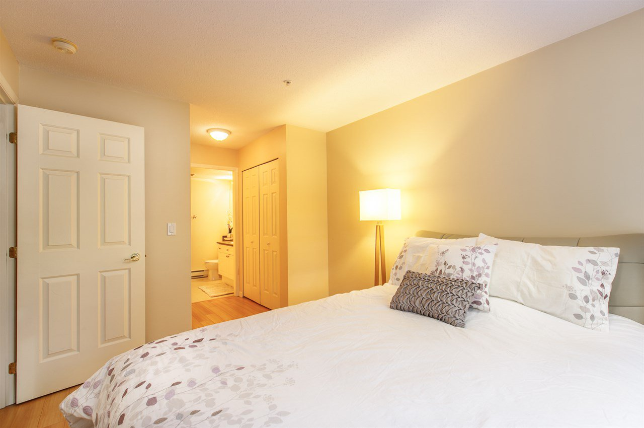 "Photo 15: Photos: 230 5600 ANDREWS Road in Richmond: Steveston South Condo for sale in ""THE LAGOONS"" : MLS®# R2378280"