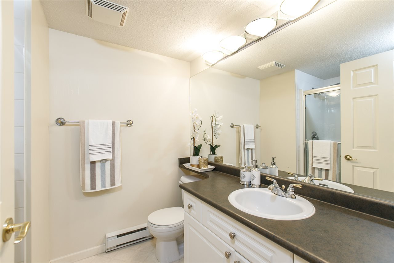 "Photo 17: Photos: 230 5600 ANDREWS Road in Richmond: Steveston South Condo for sale in ""THE LAGOONS"" : MLS®# R2378280"