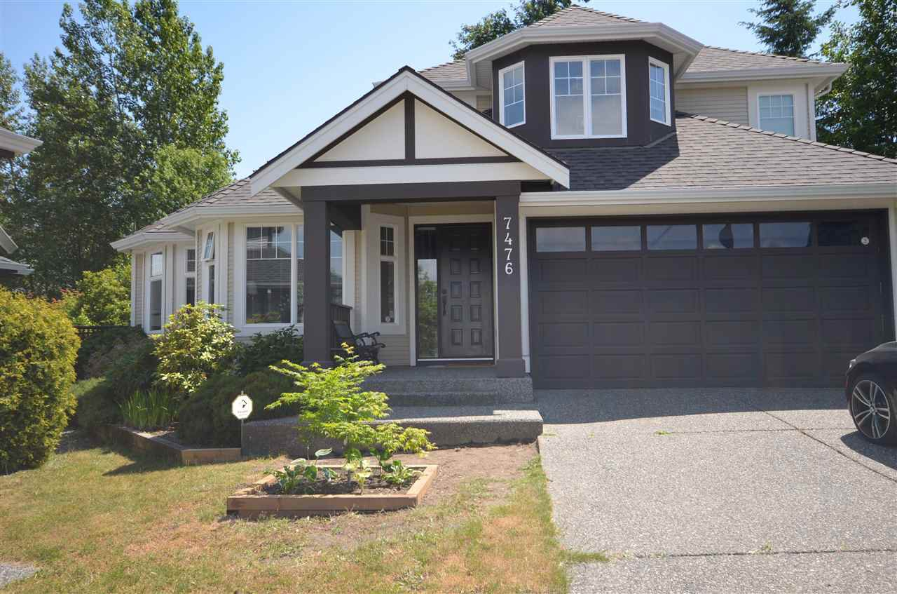 Main Photo: 7476 146B Street in Surrey: East Newton House for sale : MLS®# R2381532