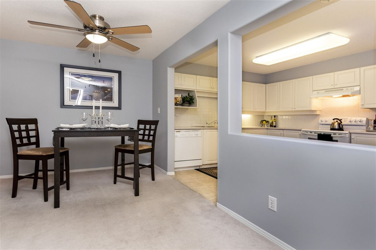 """Photo 3: Photos: 105 33731 MARSHALL Road in Abbotsford: Central Abbotsford Condo for sale in """"Stephanie Place"""" : MLS®# R2381091"""