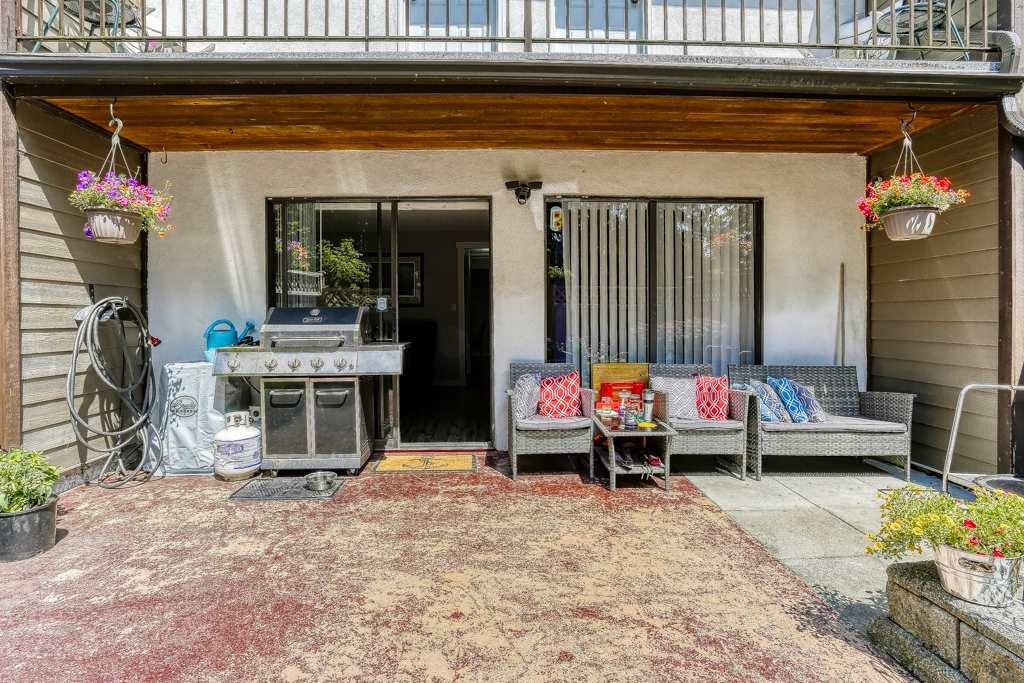 "Photo 16: Photos: 7 20943 CAMWOOD Avenue in Maple Ridge: Southwest Maple Ridge Townhouse for sale in ""Camwood Gardens"" : MLS®# R2395941"