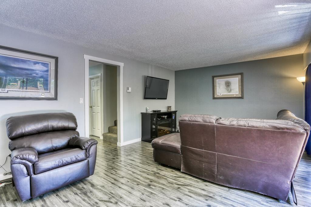 "Photo 7: Photos: 7 20943 CAMWOOD Avenue in Maple Ridge: Southwest Maple Ridge Townhouse for sale in ""Camwood Gardens"" : MLS®# R2395941"