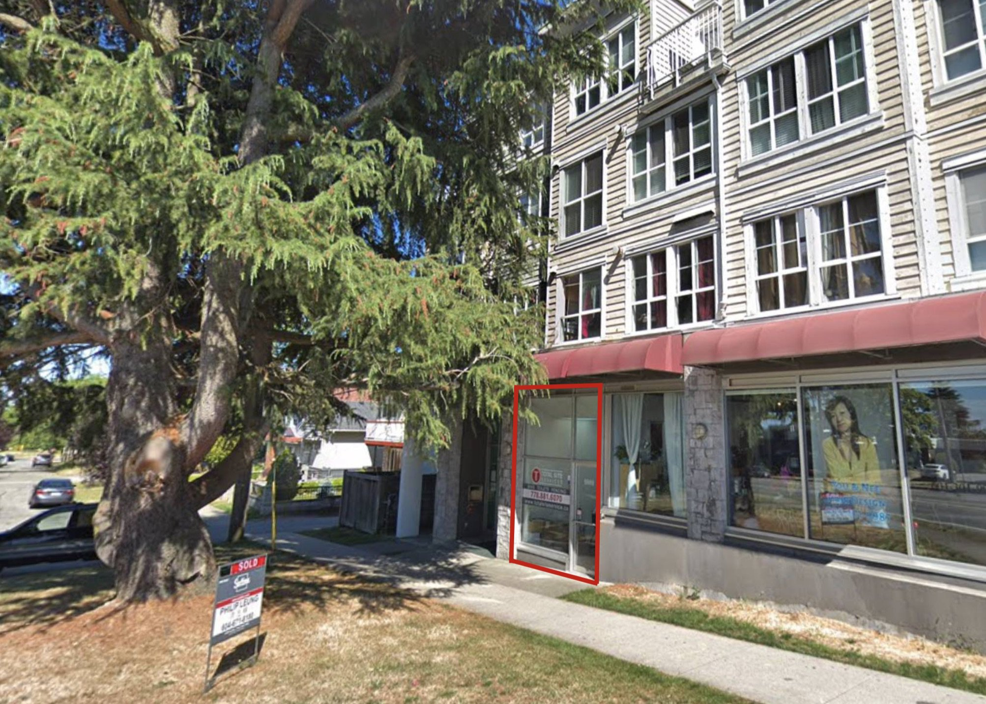 Main Photo: 416 Victoria Drive in Vancouver: Retail for lease (Vancouver East)