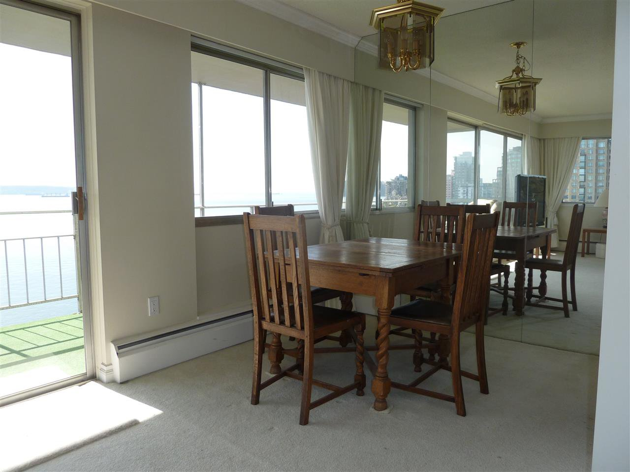 Photo 6: Photos: 905 150 24TH Street in West Vancouver: Dundarave Condo for sale : MLS®# R2427493