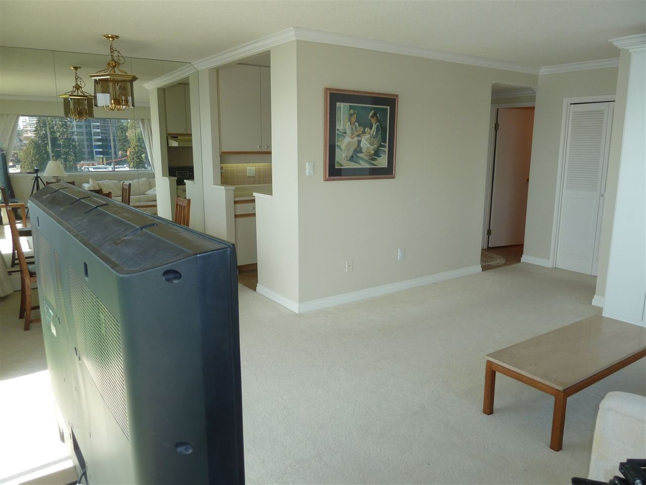 Photo 4: Photos: 905 150 24TH Street in West Vancouver: Dundarave Condo for sale : MLS®# R2427493