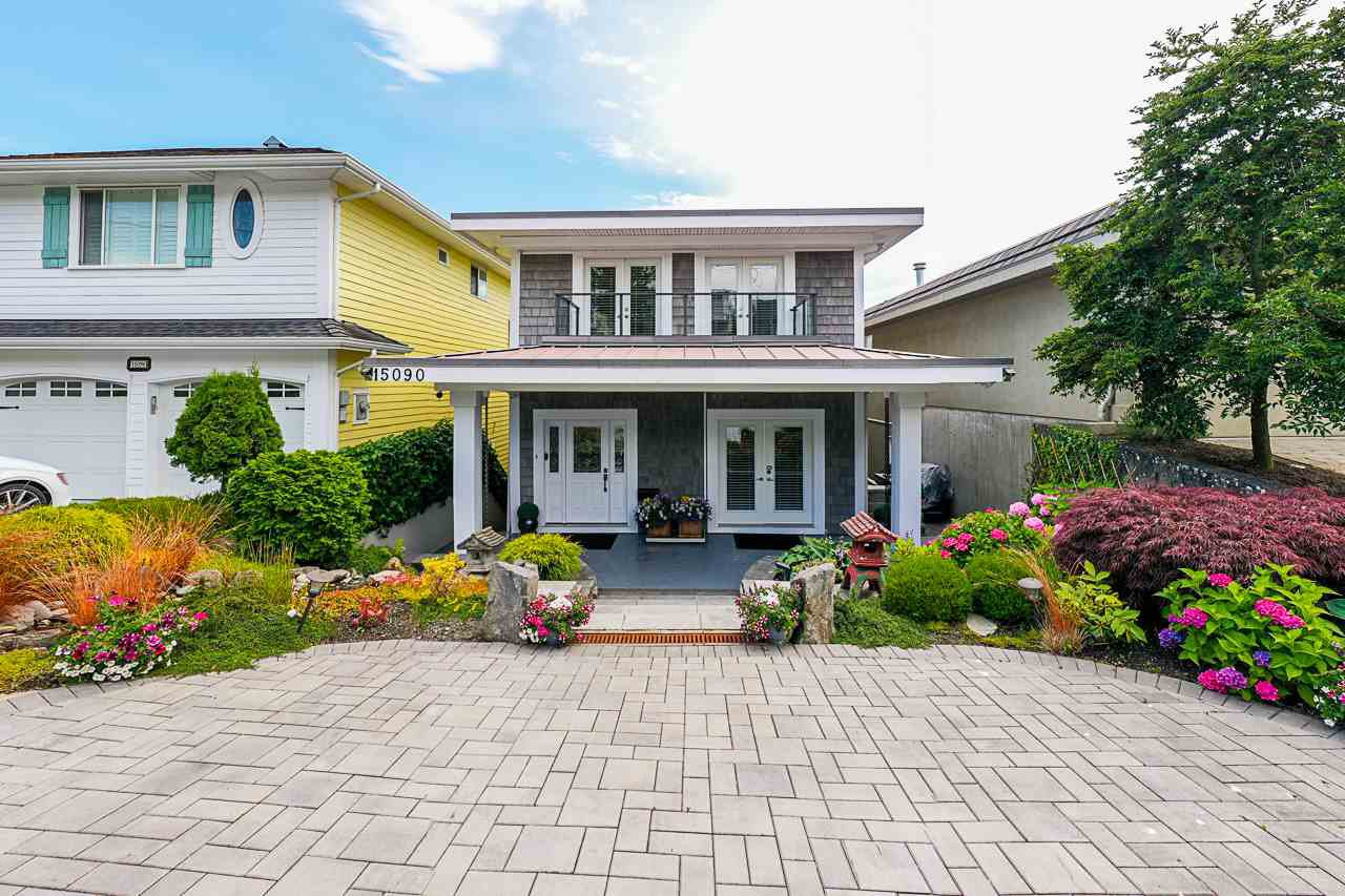"Main Photo: 15090 BEACHVIEW Avenue: White Rock House for sale in ""White Rock Beach Hillside"" (South Surrey White Rock)  : MLS®# R2472684"