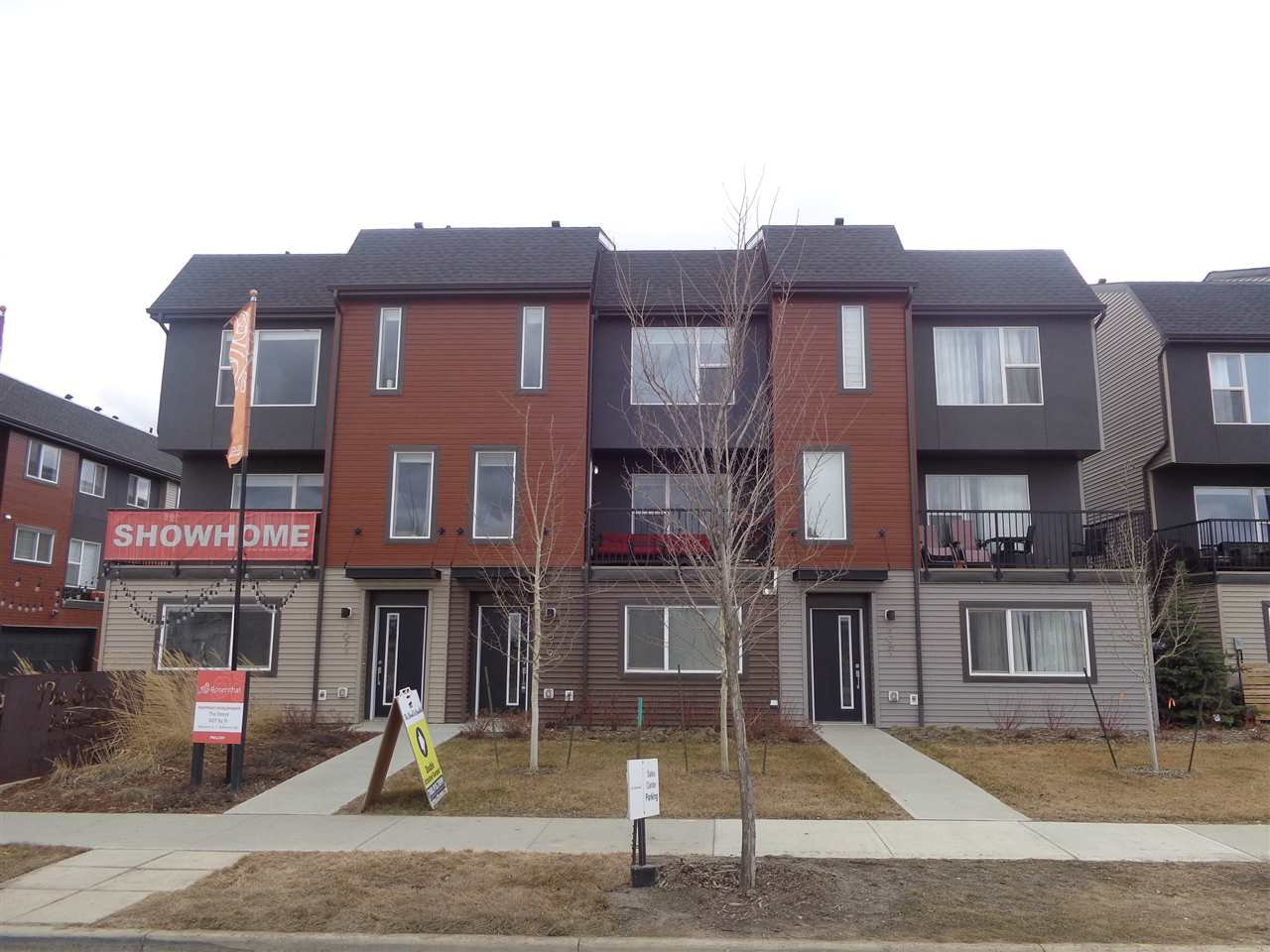 Main Photo: 1079 ROSENTHAL Boulevard in Edmonton: Zone 58 Townhouse for sale : MLS®# E4213027