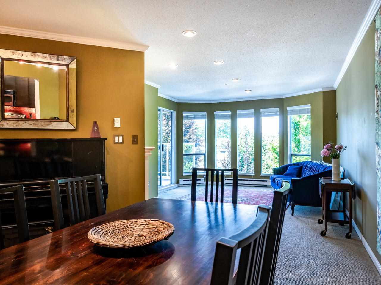 """Photo 10: Photos: 303 2288 W 12TH Avenue in Vancouver: Kitsilano Condo for sale in """"Connaught Point"""" (Vancouver West)  : MLS®# R2494985"""