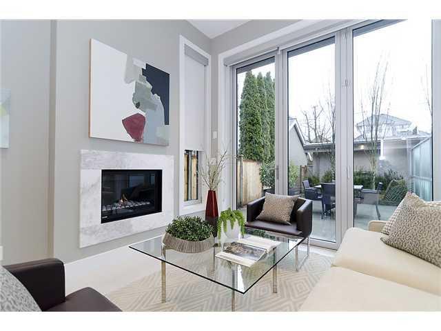 Main Photo: 2046 WHYTE AV in Vancouver: Kitsilano Condo for sale (Vancouver West)  : MLS®# V999725