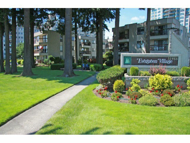 Main Photo: # 127 31955 OLD YALE RD in Abbotsford: Abbotsford West Condo for sale : MLS®# F1313472