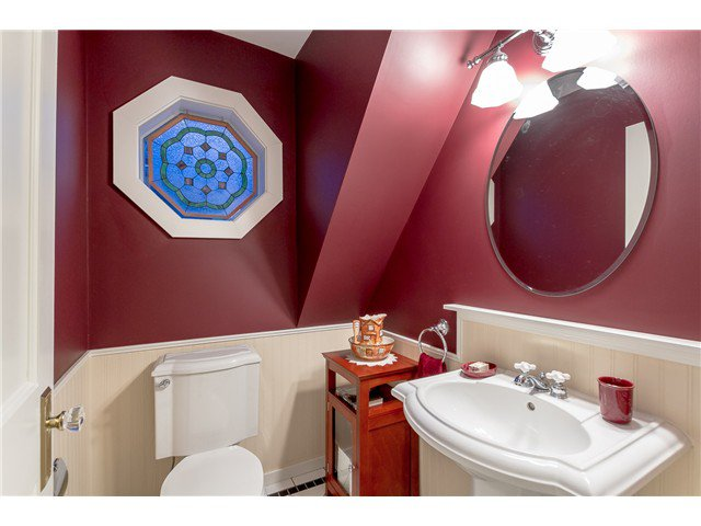 """Photo 10: Photos: 1233 VICTORIA Drive in Vancouver: House for sale in """"COMMERCIAL DRIVE"""" (Vancouver East)  : MLS®# V1065231"""