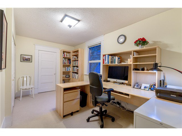 """Photo 12: Photos: 1233 VICTORIA Drive in Vancouver: House for sale in """"COMMERCIAL DRIVE"""" (Vancouver East)  : MLS®# V1065231"""