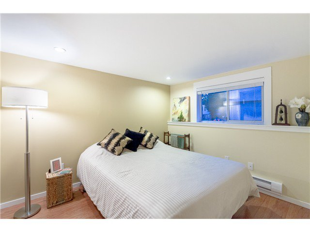 """Photo 19: Photos: 1233 VICTORIA Drive in Vancouver: House for sale in """"COMMERCIAL DRIVE"""" (Vancouver East)  : MLS®# V1065231"""