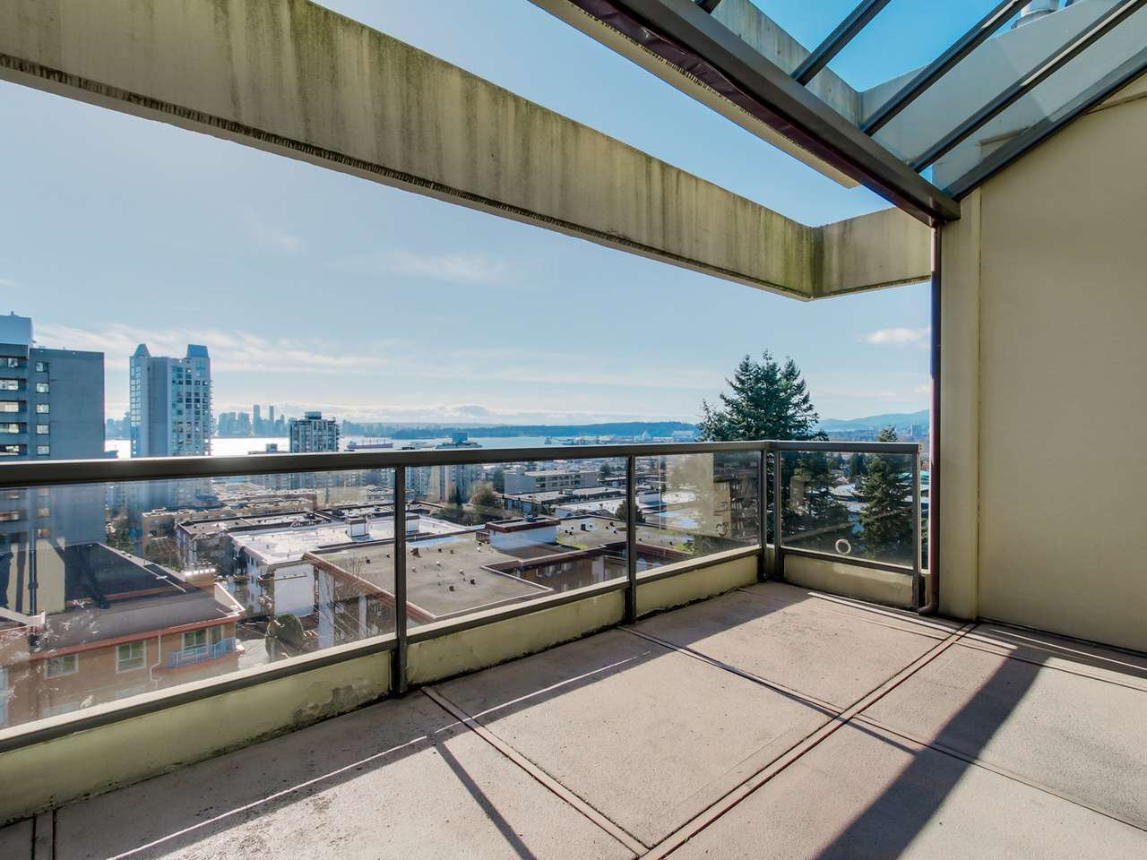 "Photo 8: Photos: 801 505 LONSDALE Avenue in North Vancouver: Lower Lonsdale Condo for sale in ""La Premiere"" : MLS®# R2047906"
