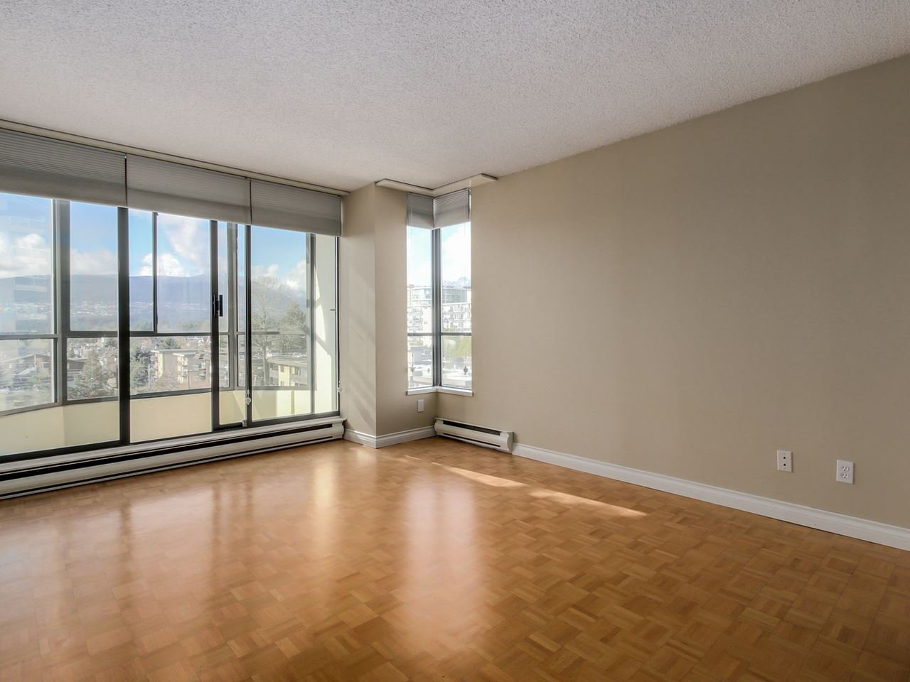"Photo 17: Photos: 801 505 LONSDALE Avenue in North Vancouver: Lower Lonsdale Condo for sale in ""La Premiere"" : MLS®# R2047906"