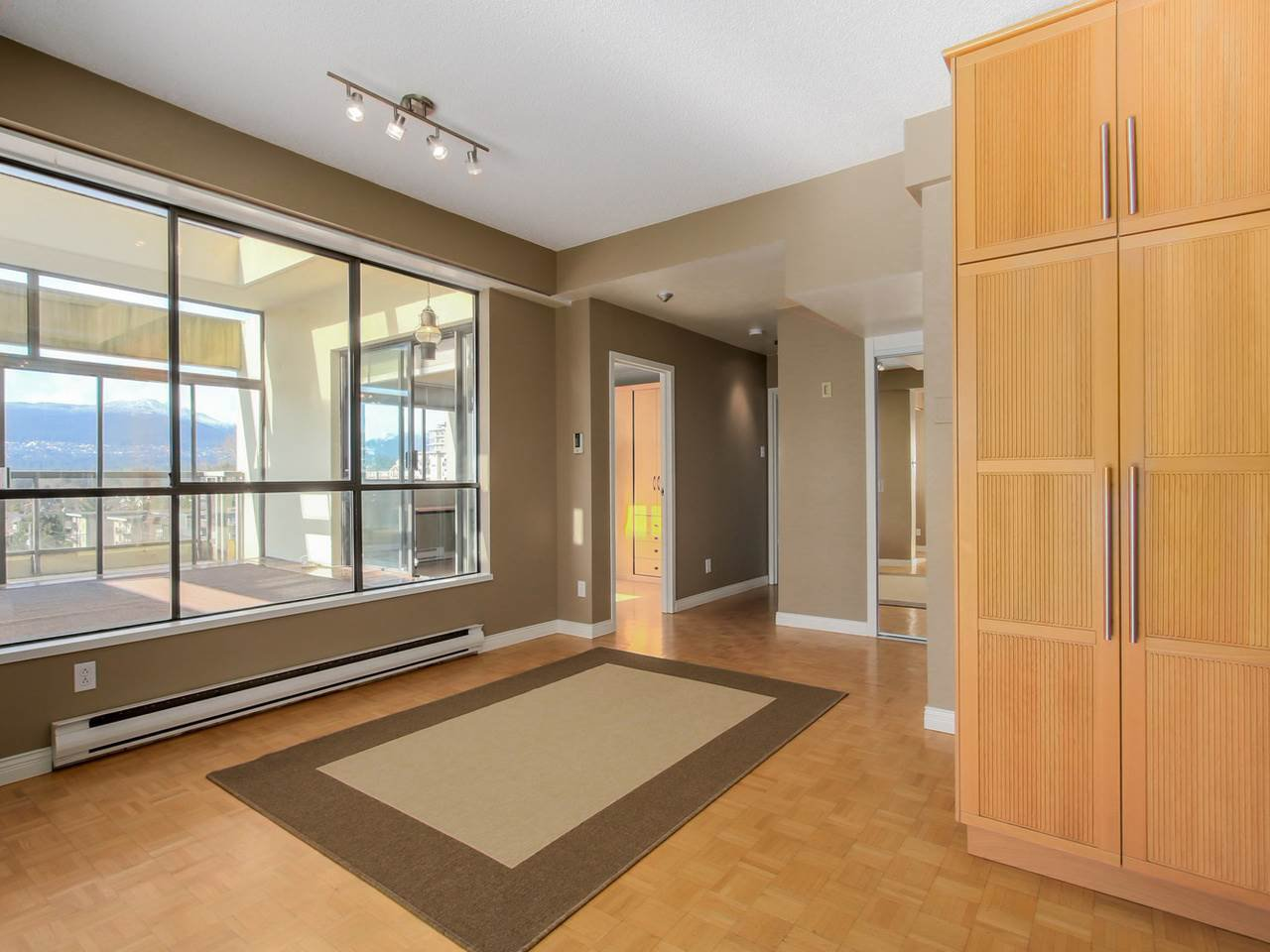 "Photo 14: Photos: 801 505 LONSDALE Avenue in North Vancouver: Lower Lonsdale Condo for sale in ""La Premiere"" : MLS®# R2047906"