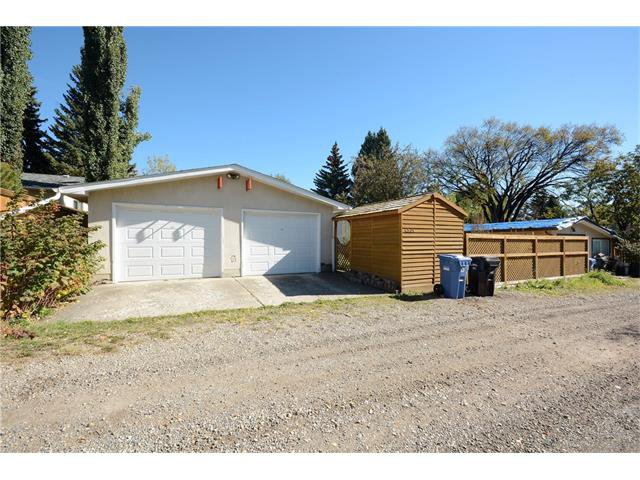 Photo 48: Photos: 4531 CLARET Street NW in Calgary: Charleswood House for sale : MLS®# C4083490