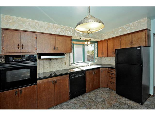 Photo 13: Photos: 4531 CLARET Street NW in Calgary: Charleswood House for sale : MLS®# C4083490