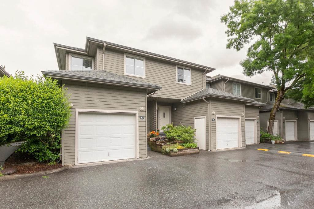 Main Photo: 48 40200 GOVERNMENT Road in Squamish: Garibaldi Estates Townhouse for sale : MLS®# R2182710